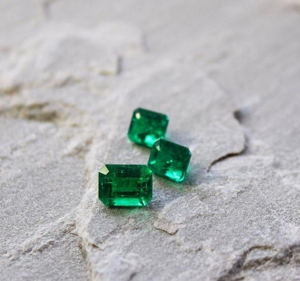Haruni emerald.jpg