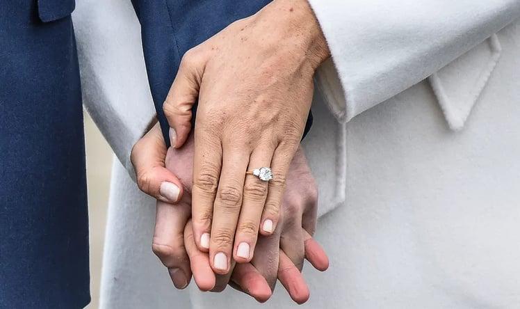 meghan engagement ring.png