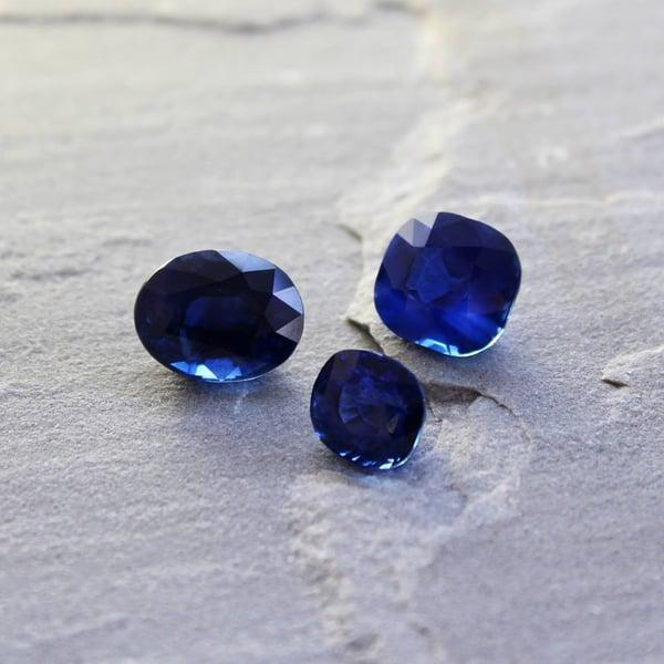 vivid sapphires